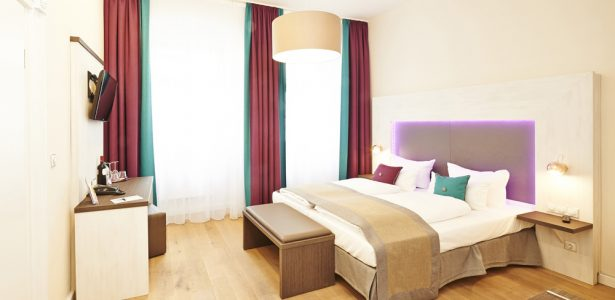 Elch Boutique Double Bed Room